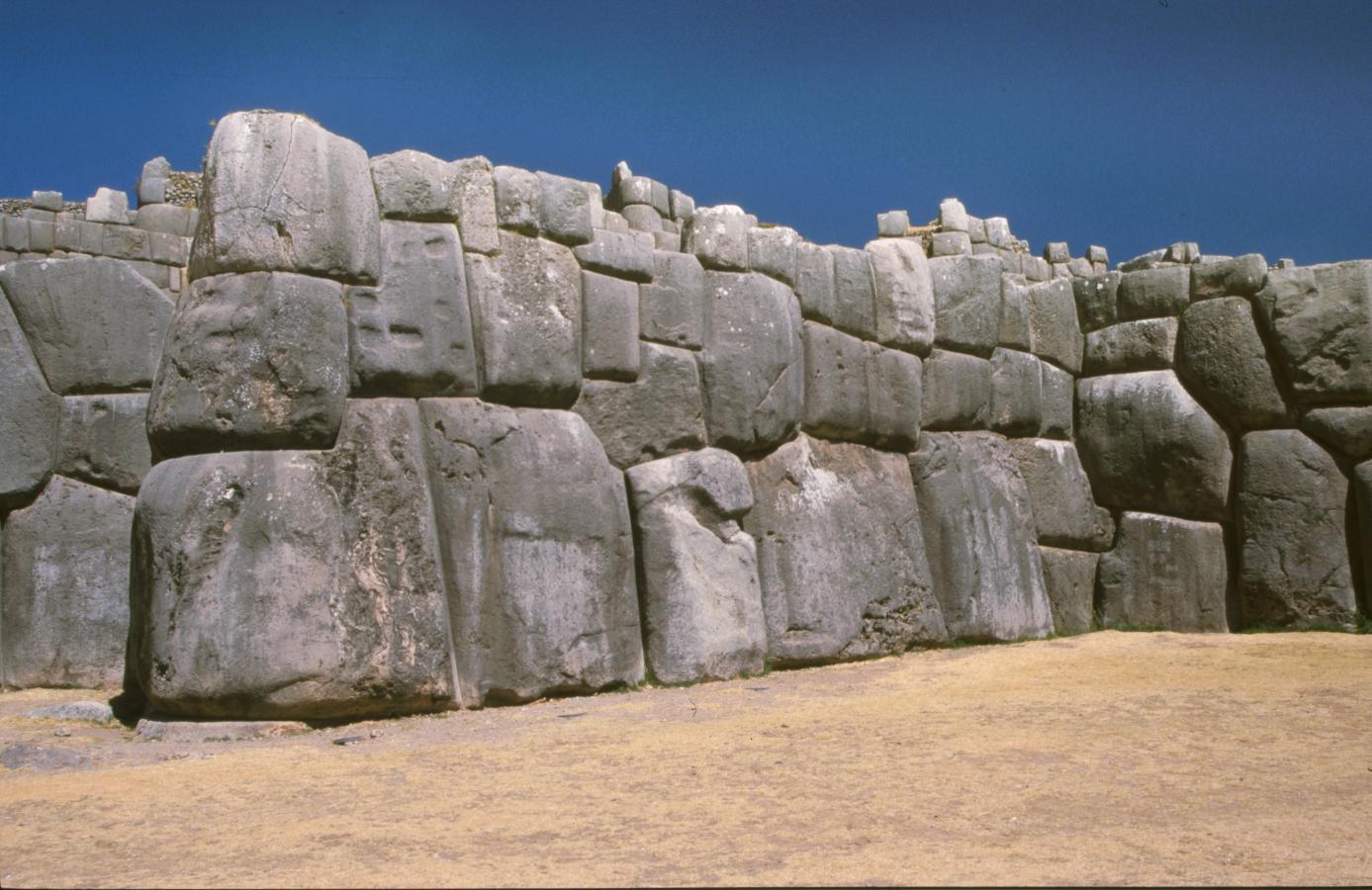 big-stones-saqsayhuaman-peru-2001