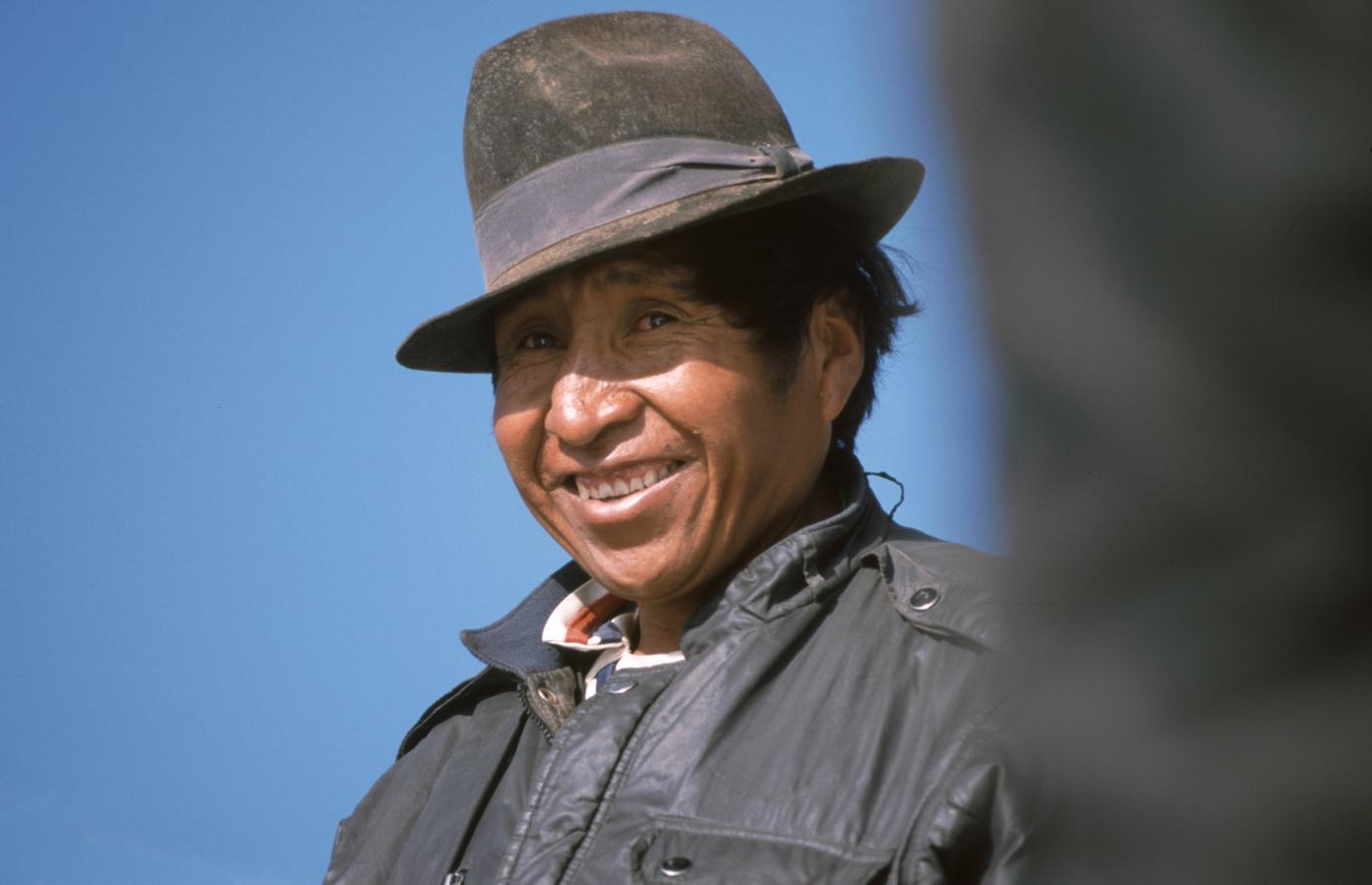 man-smiling-peru-2001