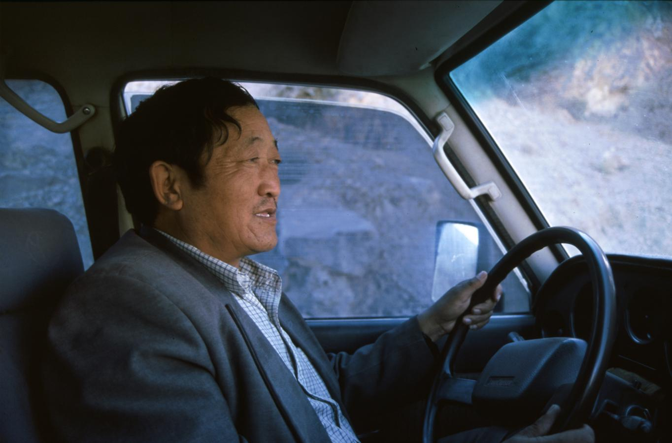 driver-tibet-2000