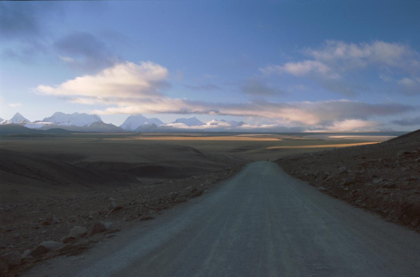 the-freedom-highway-tibet-2000