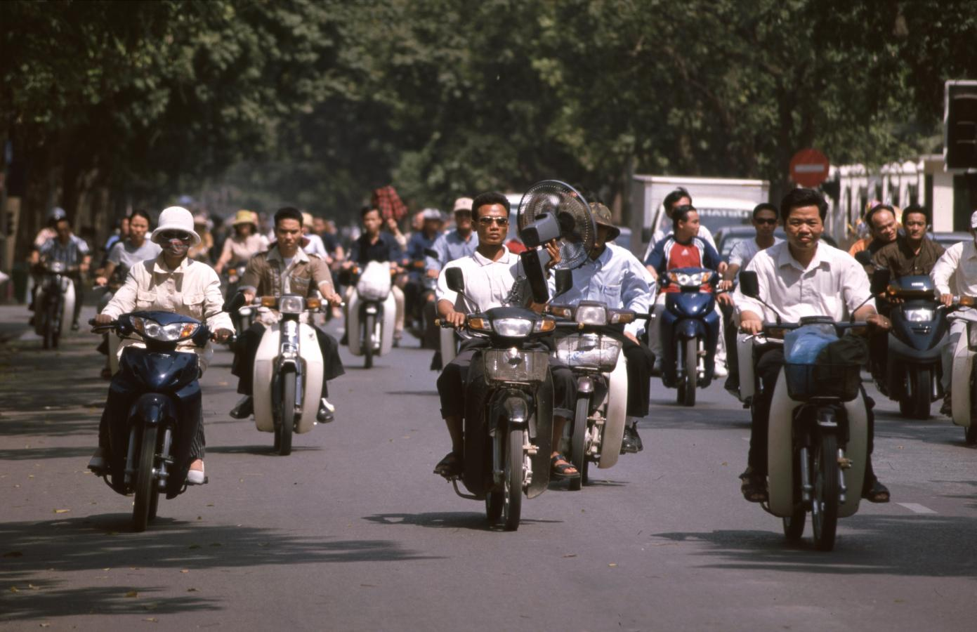 traffic-in-ho-chi-minh-city-(saigon)