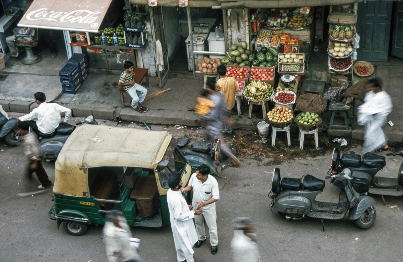 street-with-rickshaw-from-above-delhi-2003