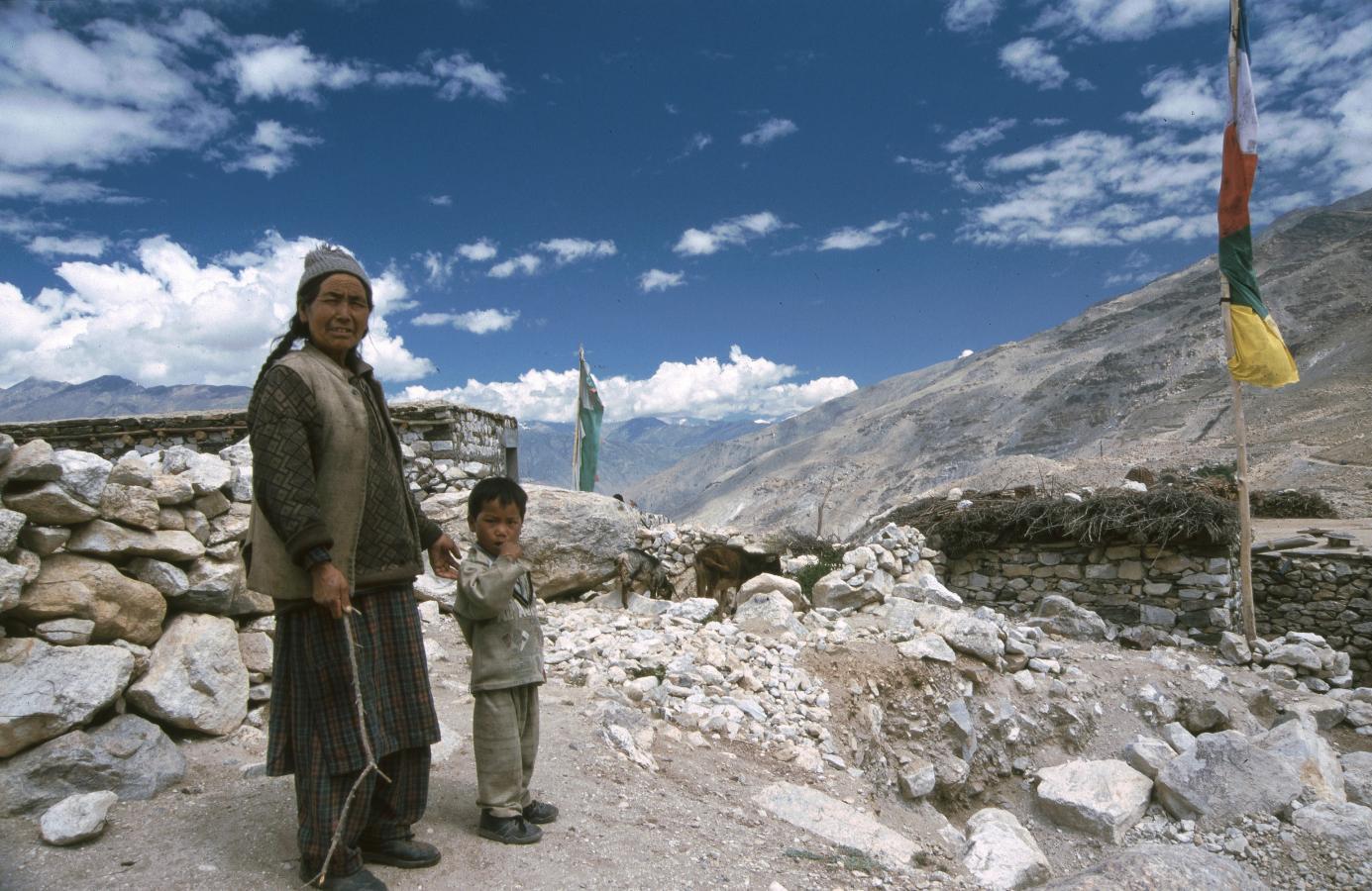 woman-with-grandson-nako-india-2003